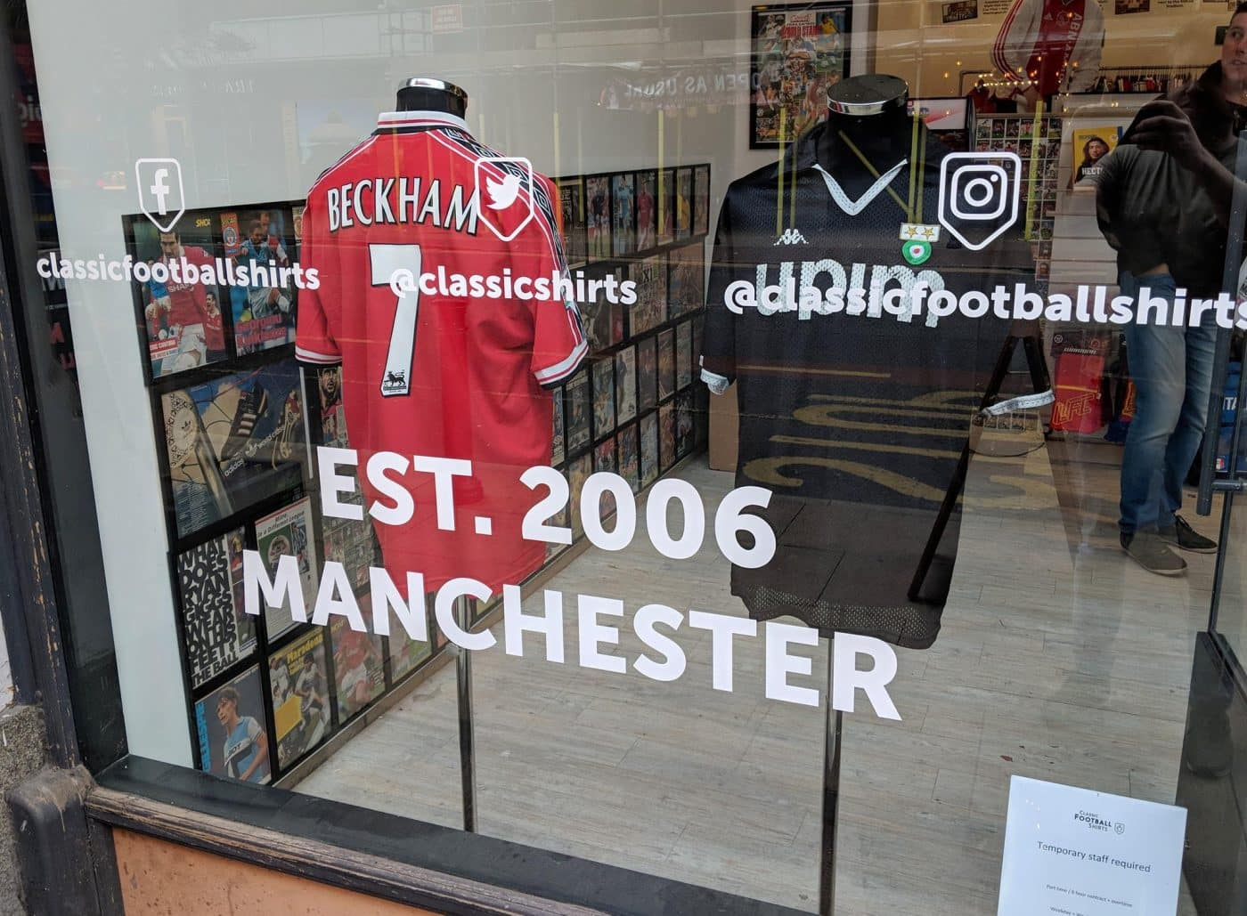 magasin-classic-football-shirts-manchester-8