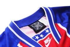 Image de l'article Un maillot du PSG unique créé par Golden Cabane