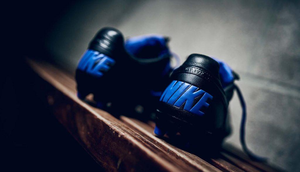 nike-premier-2.0-noir-bleu-a