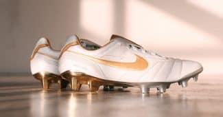 Image de l'article Nike dévoile une édition limitée de la Nike Tiempo Air Legend 10R de Ronaldinho!
