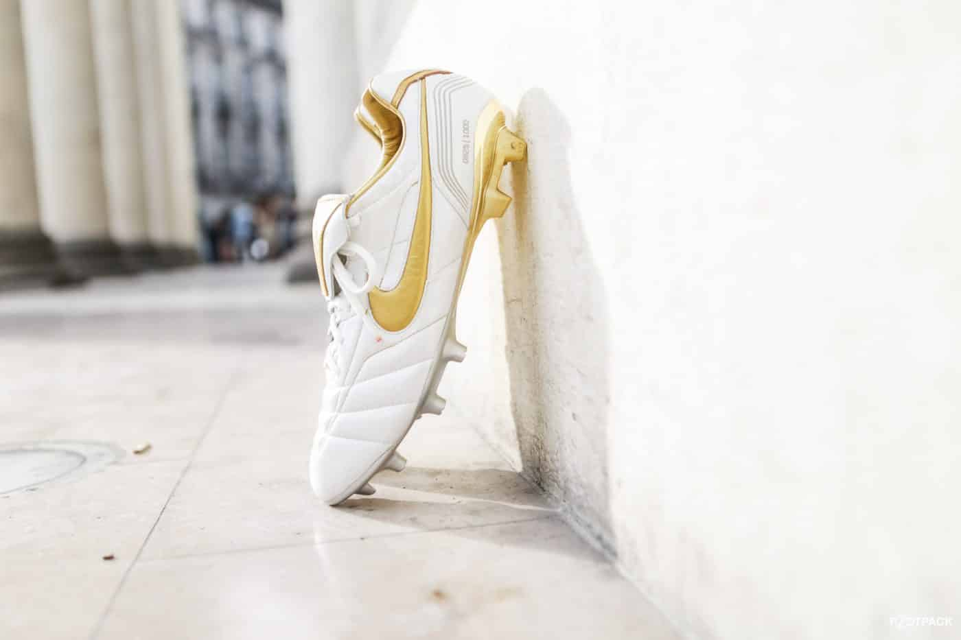 shooting-footpack-nike-tiempo-air-legend-10R-ronaldhino-12