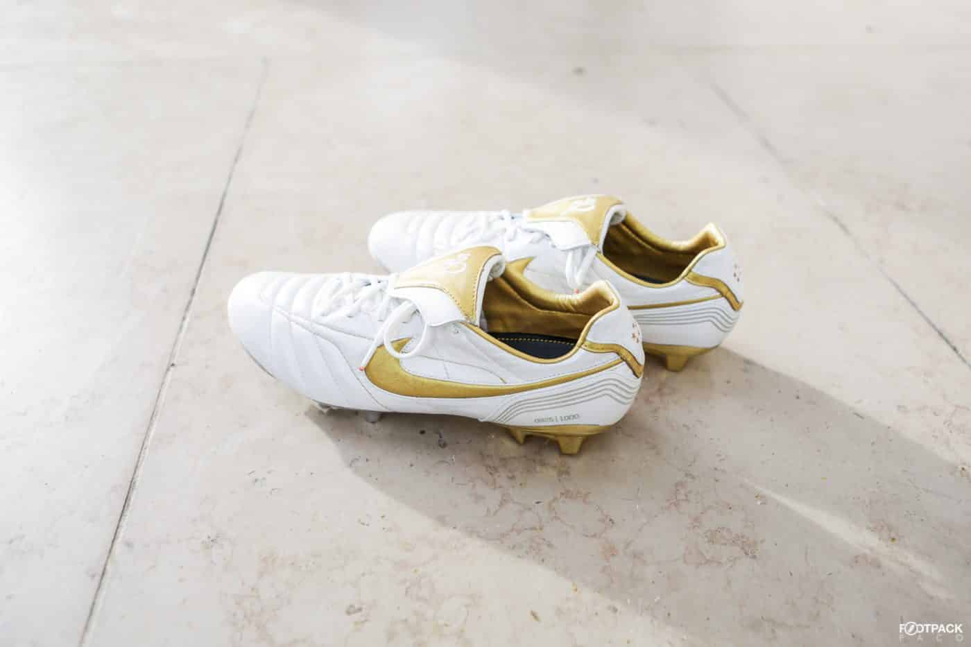 shooting-footpack-nike-tiempo-air-legend-10R-ronaldhino-9