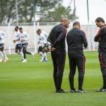 Thierry Henry en chaussures masquées pour son premier entrainement avec l'AS Monaco!