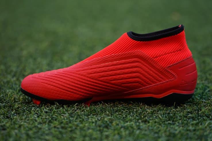 chaussure-adidas-predator-19.3-a