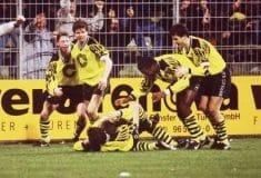 Image de l'article Pour le Black Friday, golden cabane crée un maillot spécial du Borussia Dortmund!