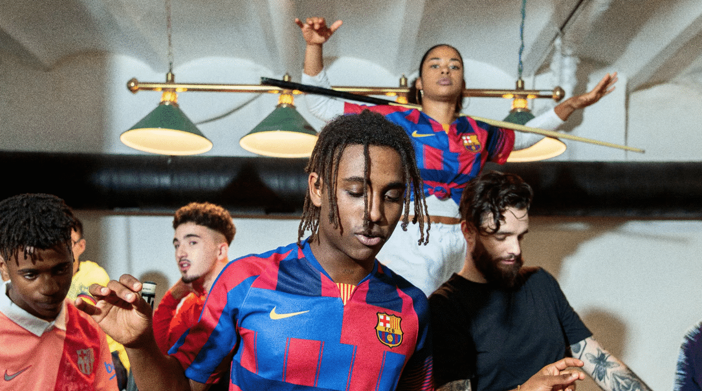 maillot-fc-barcelone-patchwork-20-ans-nike-anniversaire