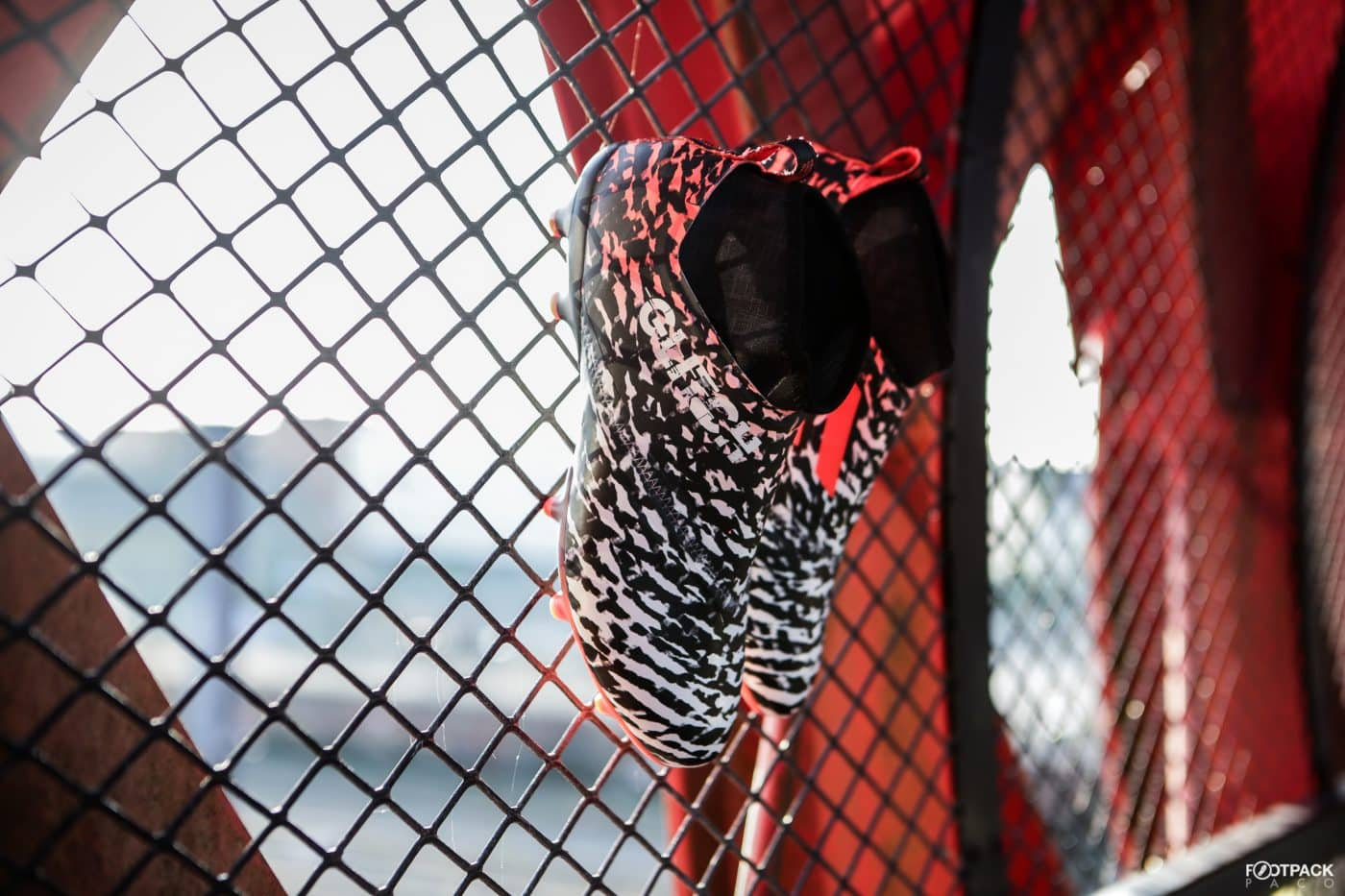 adidas-glitch-initiator-pack-footpack-5