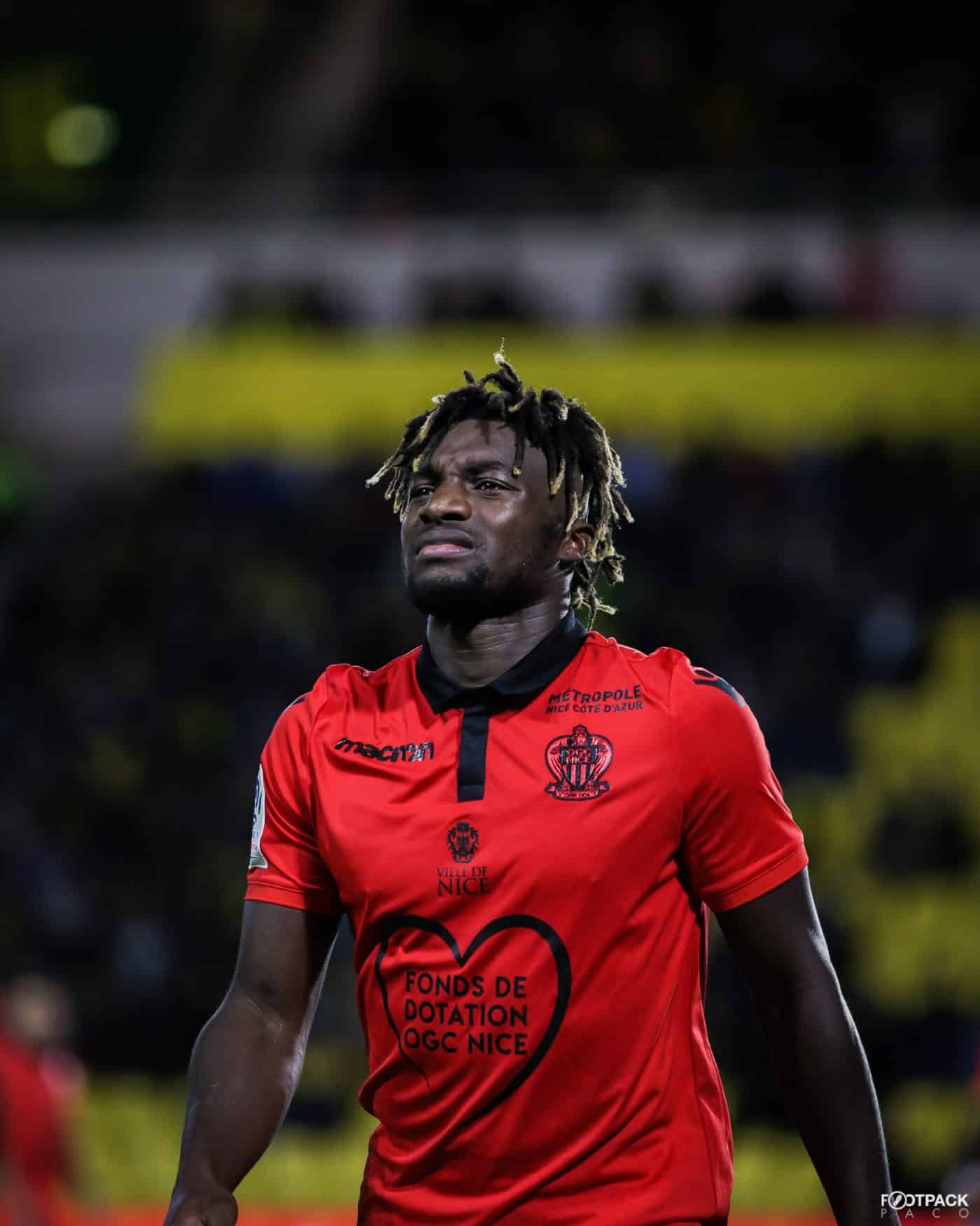 allan-saint-maximin-top-50-photos-footpack