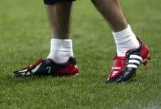 Image de l'article A quoi ressemblaient les équipements de foot il y a 15 ans ?