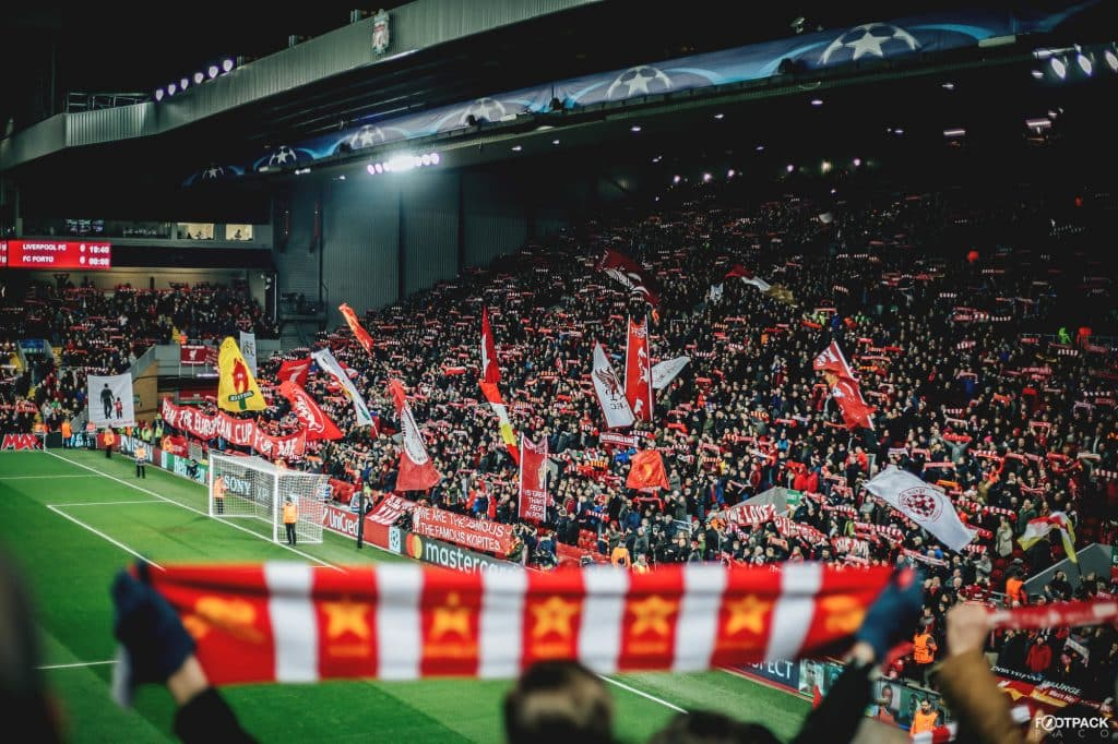 kop-liverpool-top-50-photos-footpack
