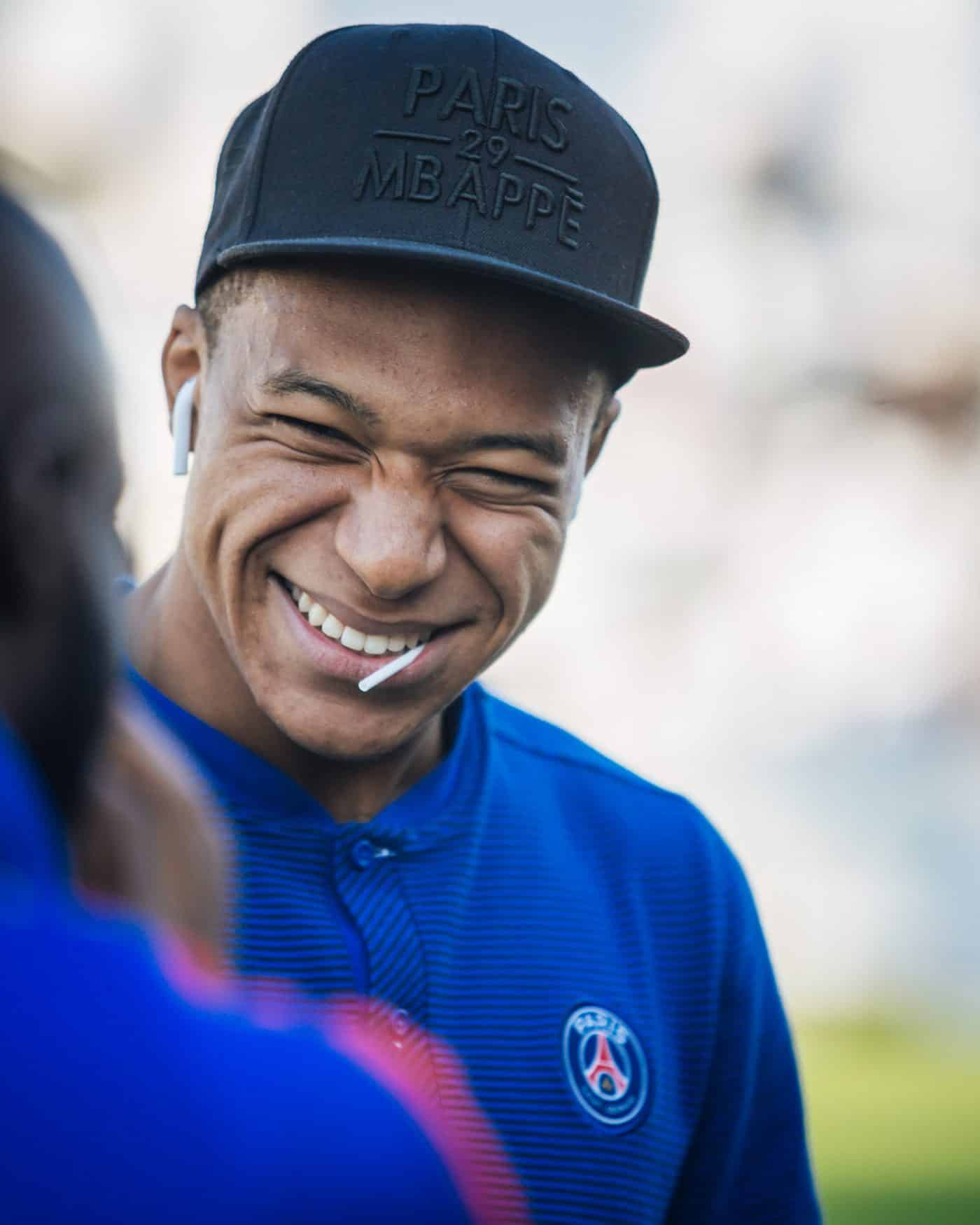 kylian-mbappe-top-50-photos-footpack
