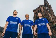 Image de l'article Le RC Strasbourg va évoluer avec un maillot spécial face à Reims