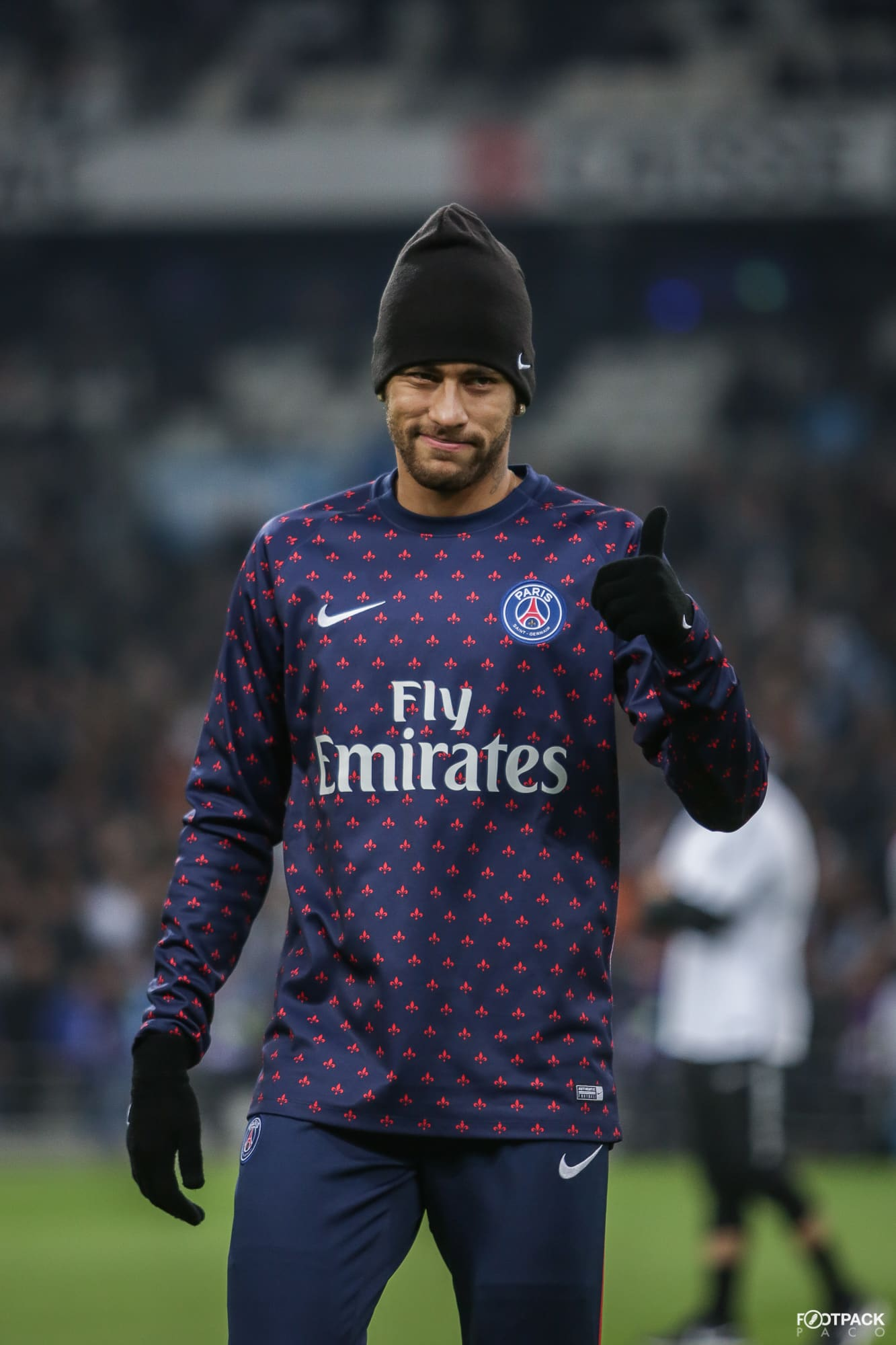 neymar-top-50-photos-footpack
