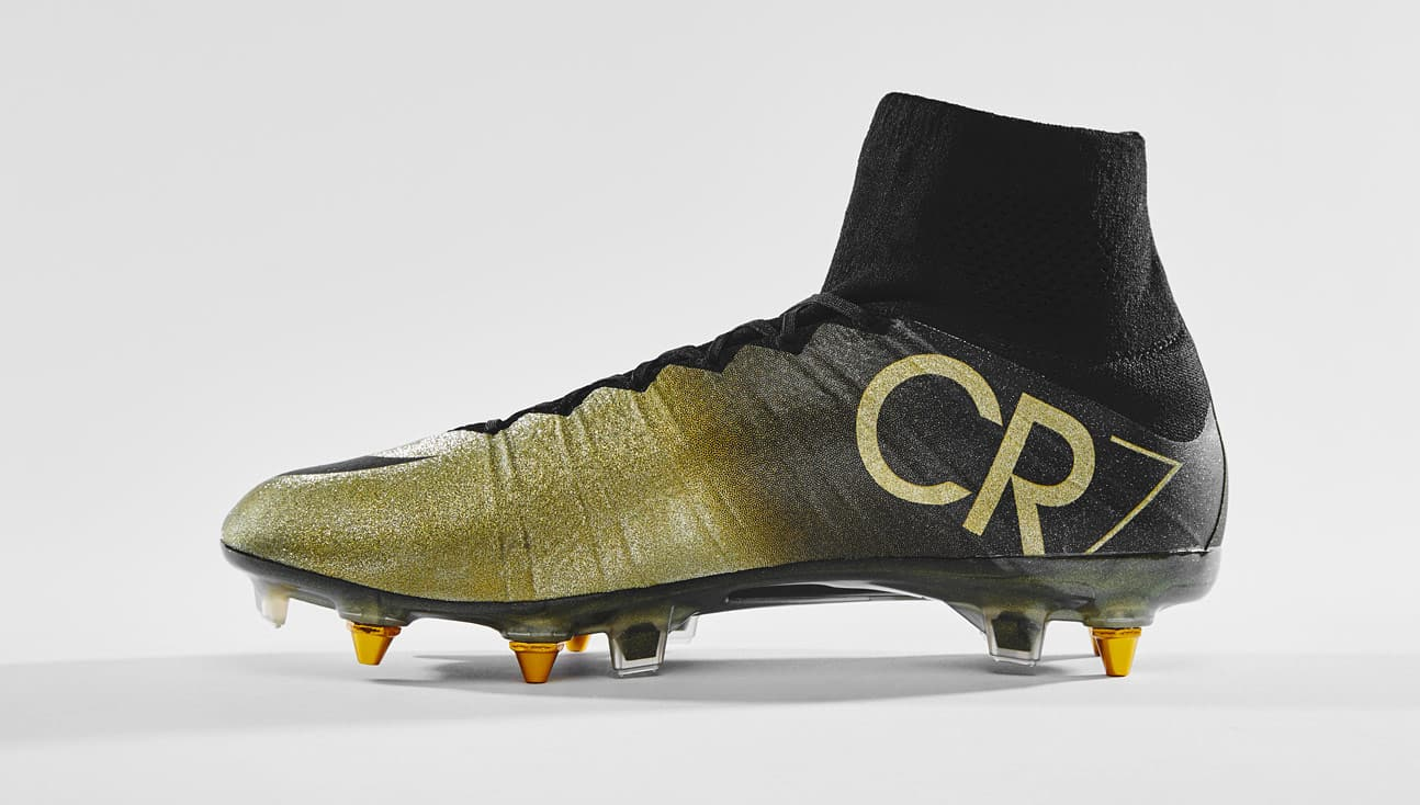 chaussures-football-nike-mercurial-superfly-cr7-ballon-d-or-2014-décembre-2018-3