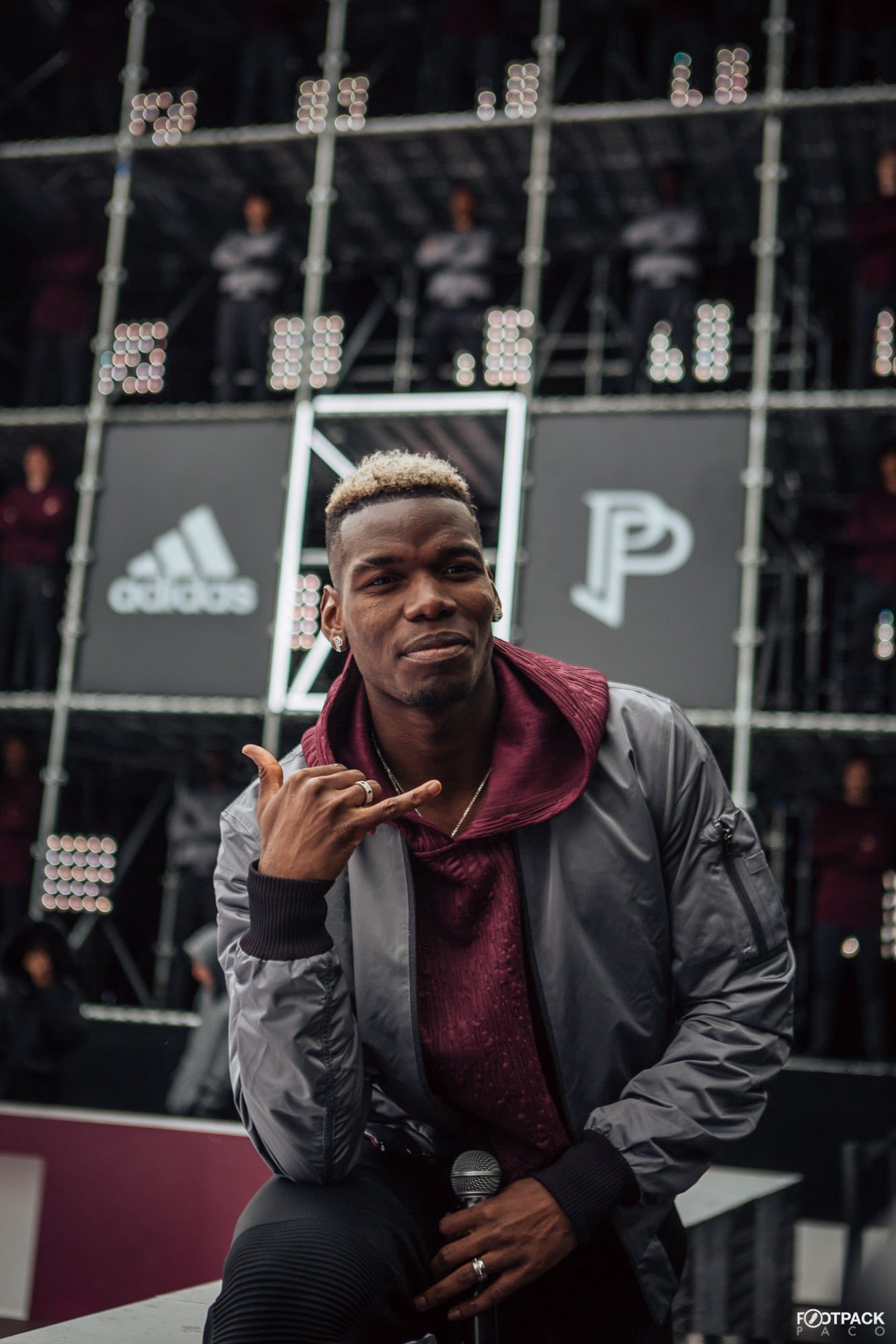 paul-pogba-top-50-photos-footpack