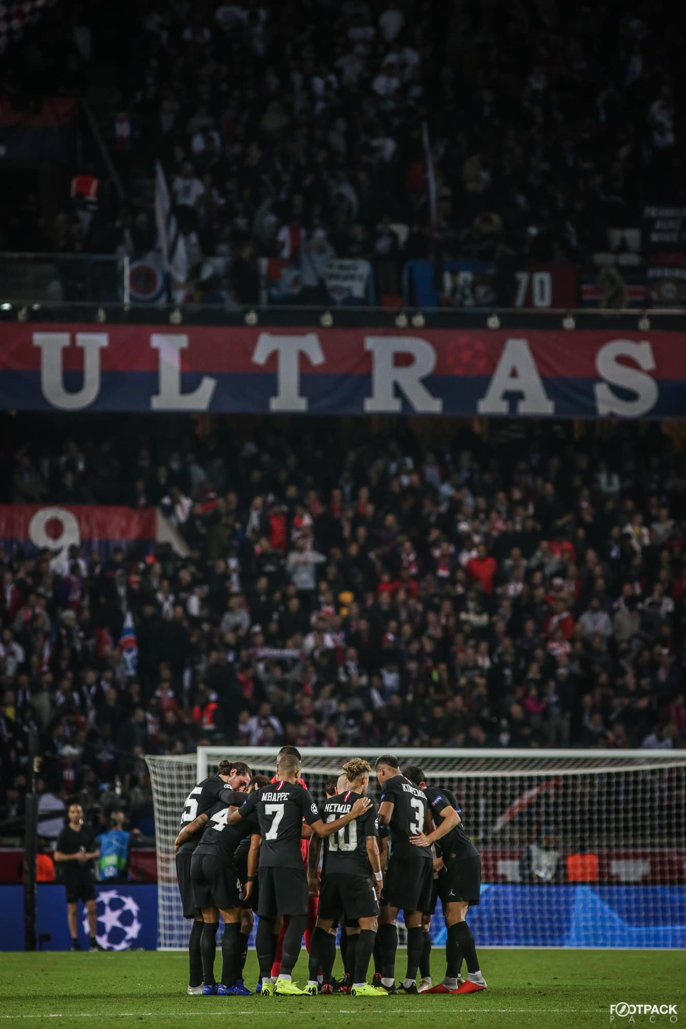psg-ultras-top-50-photos-footpack