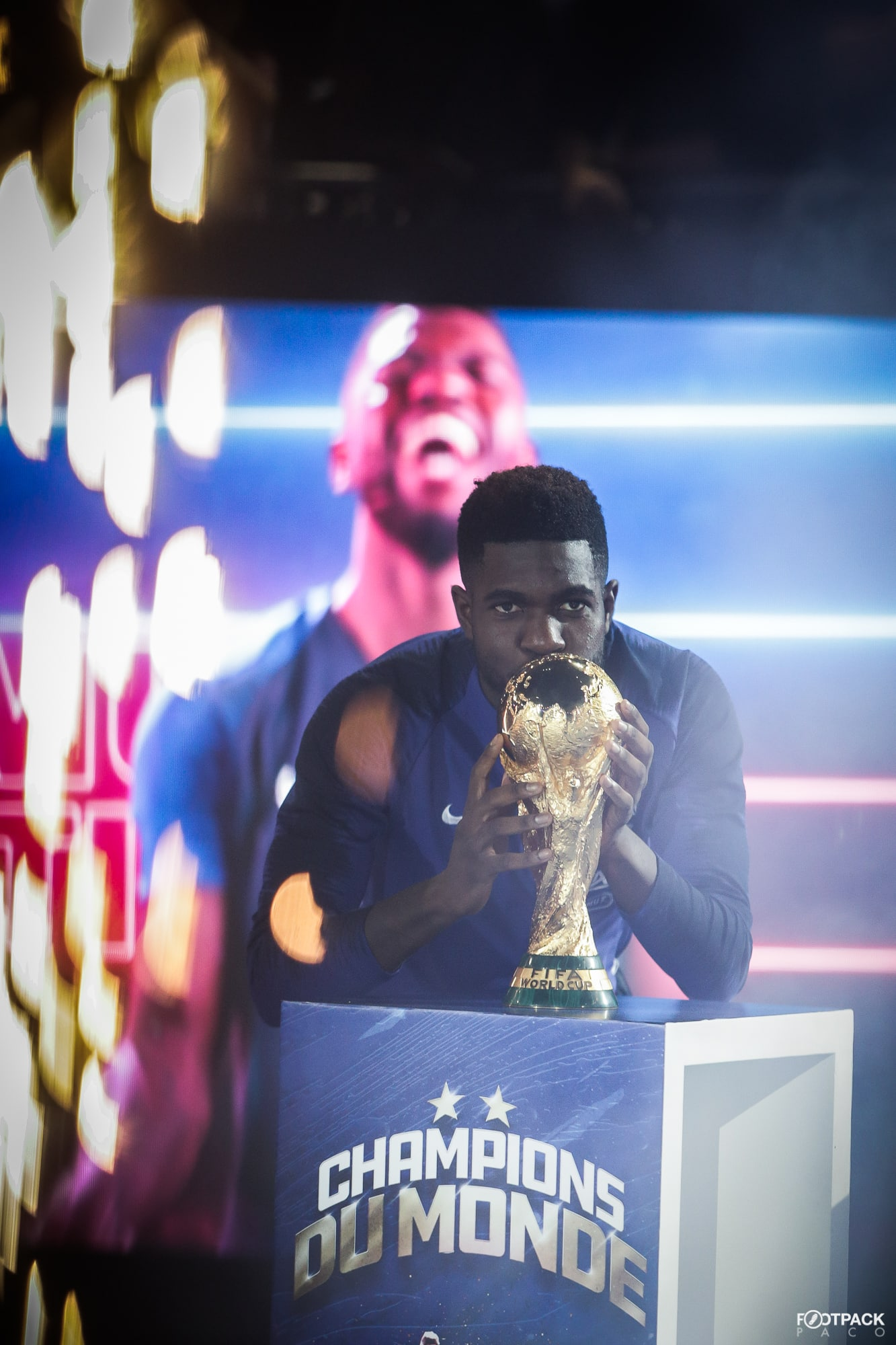 samuel-umtiti-top-50-photos-footpack