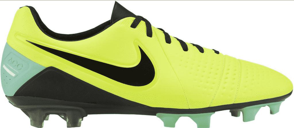 chaussures-balotelli-nike-ctr-360-maestri-III-jaune-vert