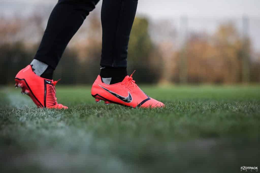 chaussures-football-nike-phantom-venom-footpack-janvier-2019-15