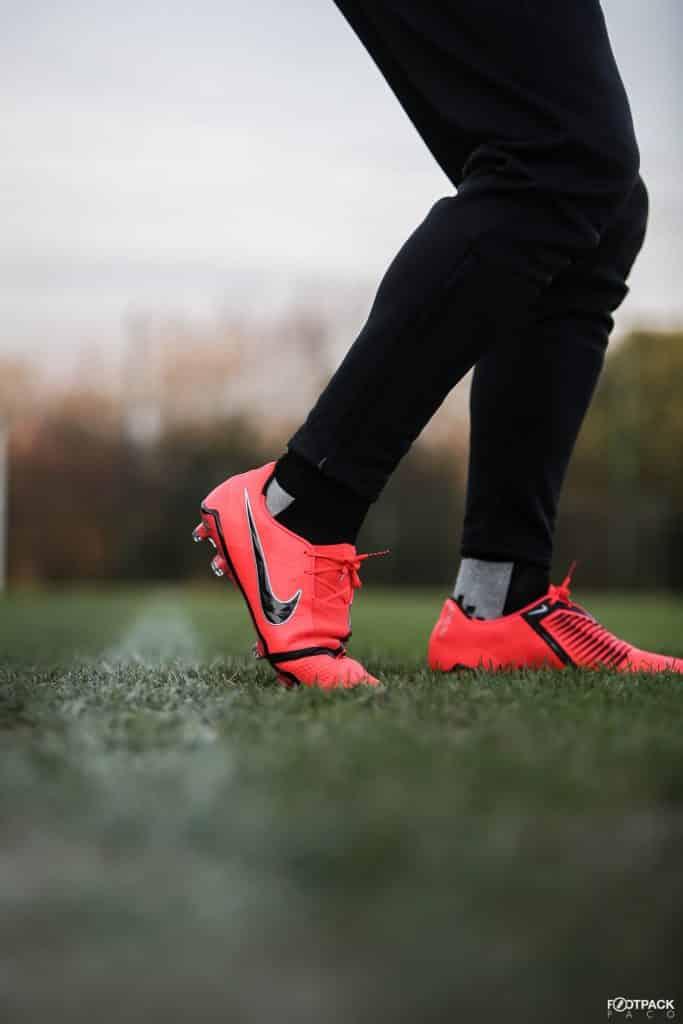 chaussures-football-nike-phantom-venom-footpack-janvier-2019-2