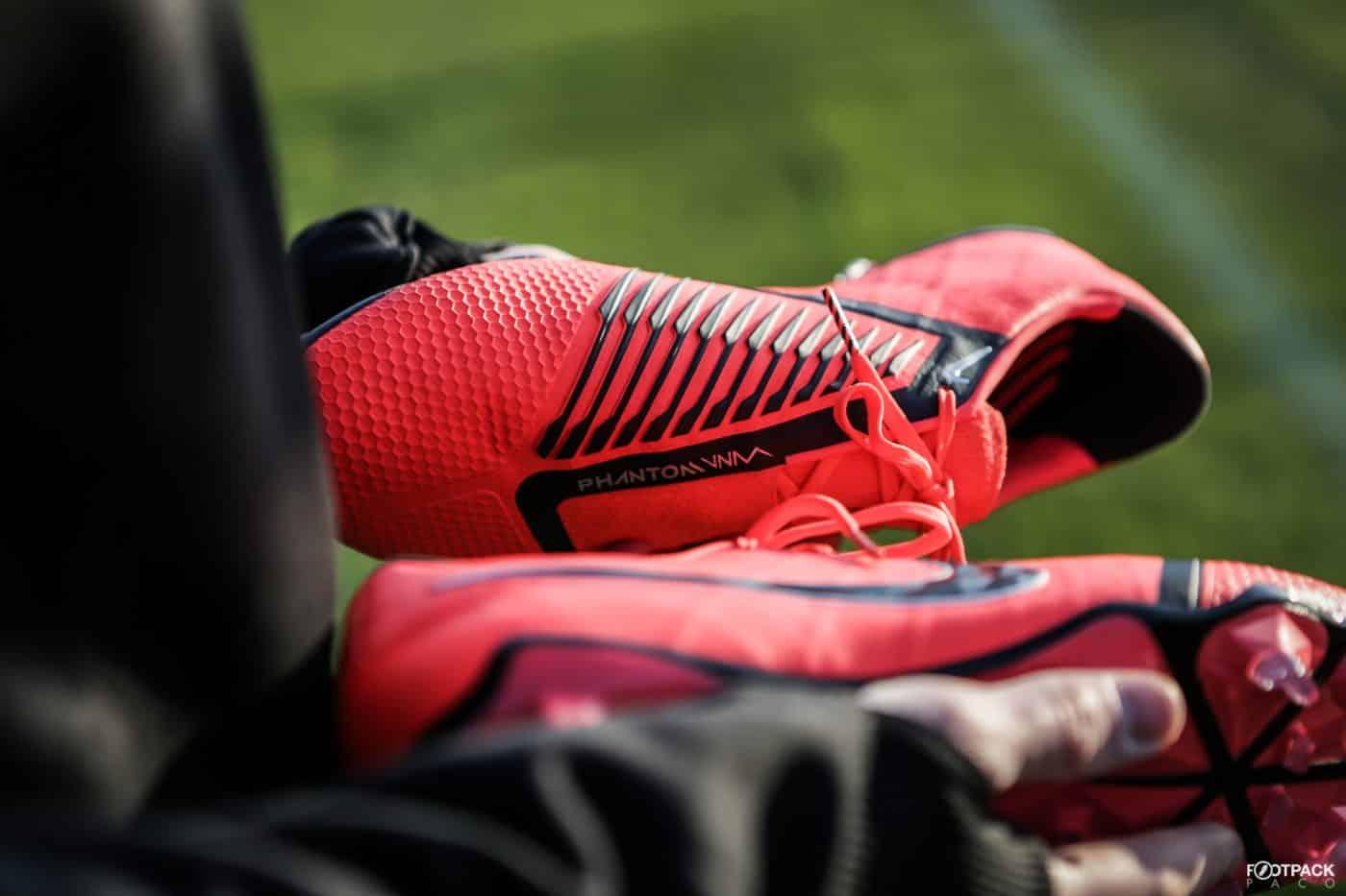 chaussures-nike-phantom-venom-footpack-2