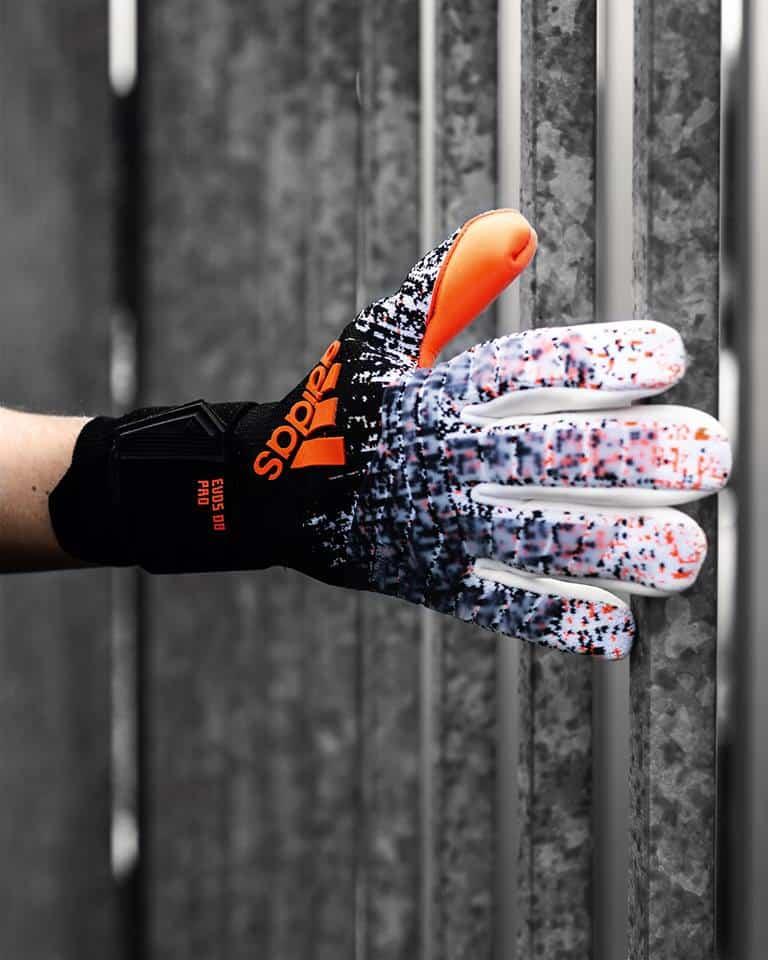gants-van-der-sar-adidas
