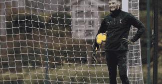Image de l'article #GlovesMercato : Fin de la collaboration entre Lloris et Uhlsport ?