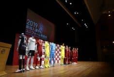 Image de l'article Asics dévoile les maillots 2019 du Vissel Kobe de David Villa et Andrès Iniesta