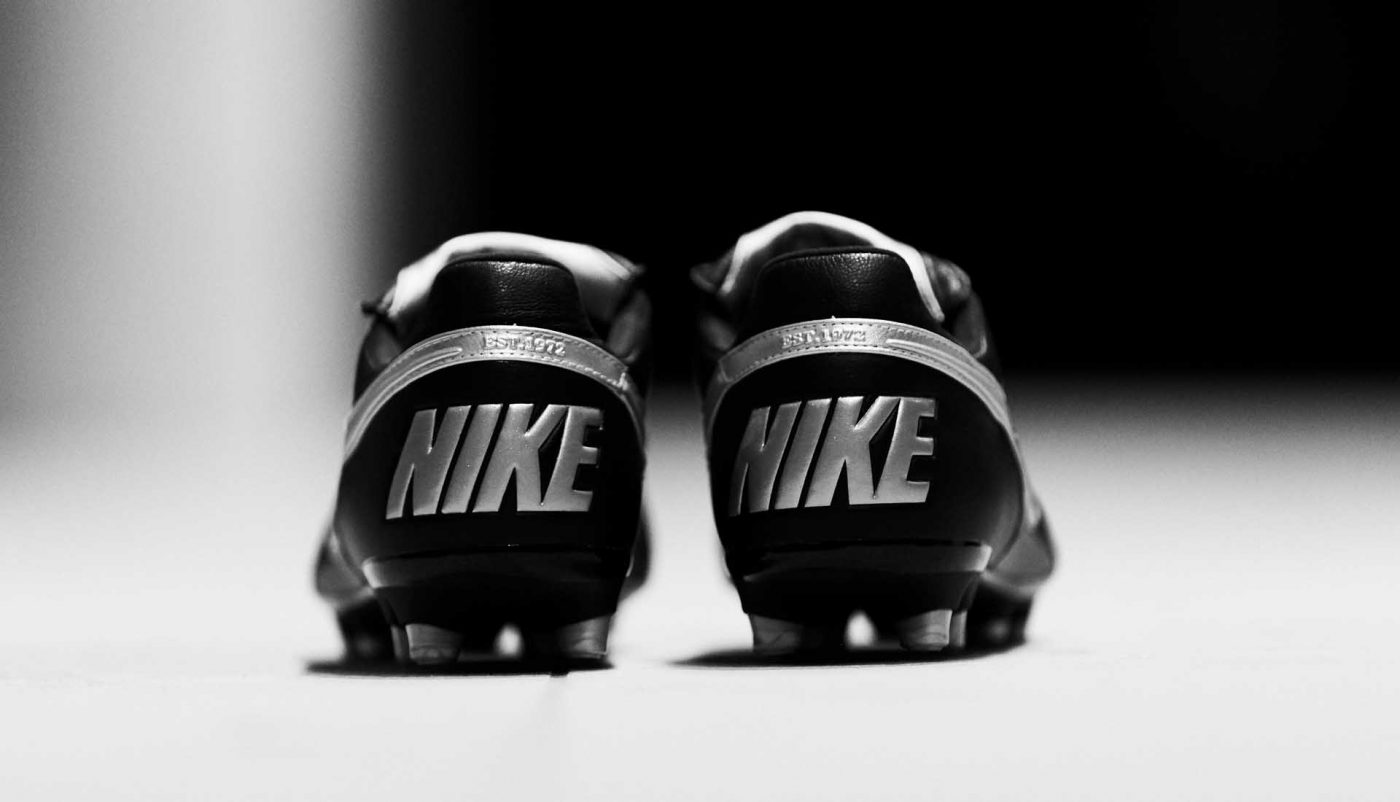 nike-premier-2.0-noir-blanc-4