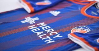 Image de l'article Le club de Cincinnati FC dévoile les premiers maillots de son histoire