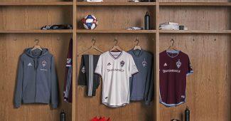 Image de l'article adidas présente le maillot extérieur 2019 des Colorado Rapids