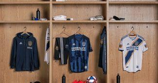 Image de l'article LA Galaxy et adidas dévoilent le maillot extérieur pour 2019