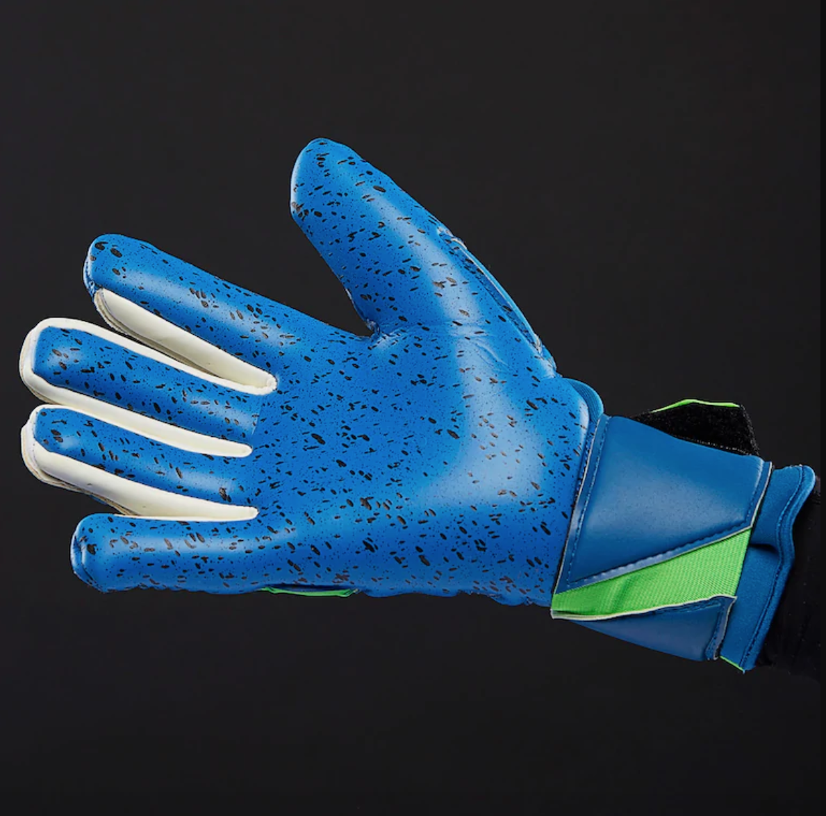 uhlsport-coutures-negatives