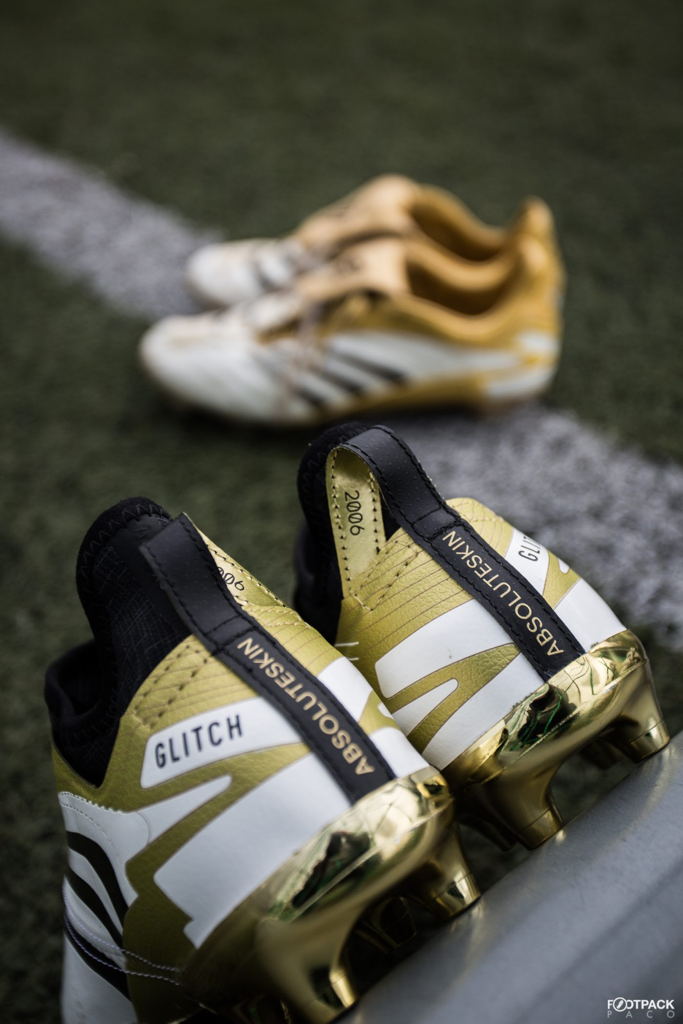 adidas-glitch-classic-pack-absoluteskin-predator-absolute-2006-footpack-4