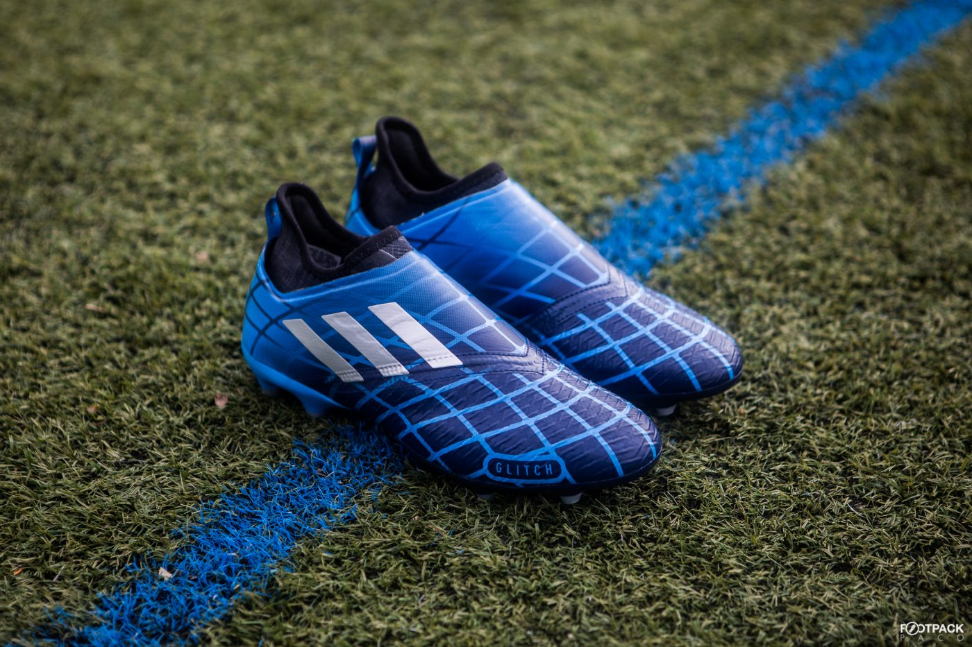adidas-glitch-classic-pack-skin-F50-araignee-2005-footpack-7