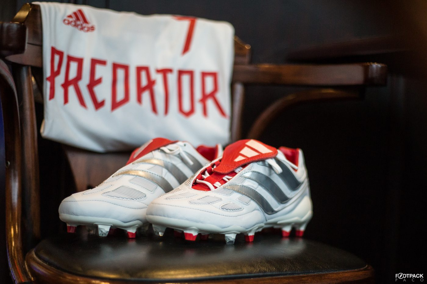 adidas-predator-precision-david-beckham-collection-limitee-25-ans-predator-footpack-10