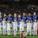 Les chaussures des 23 joueuses de l'équipe de France face à l'Allemagne et l'Uruguay
