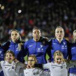 Les chaussures des 23 joueuses de l'équipe de France face aux Etats-Unis