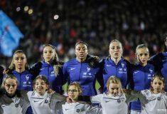 Image de l'article Les chaussures des 23 joueuses de l'équipe de France face aux Etats-Unis
