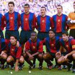 Le FC Barcelone dévoile une tenue en hommage à son premier maillot Nike