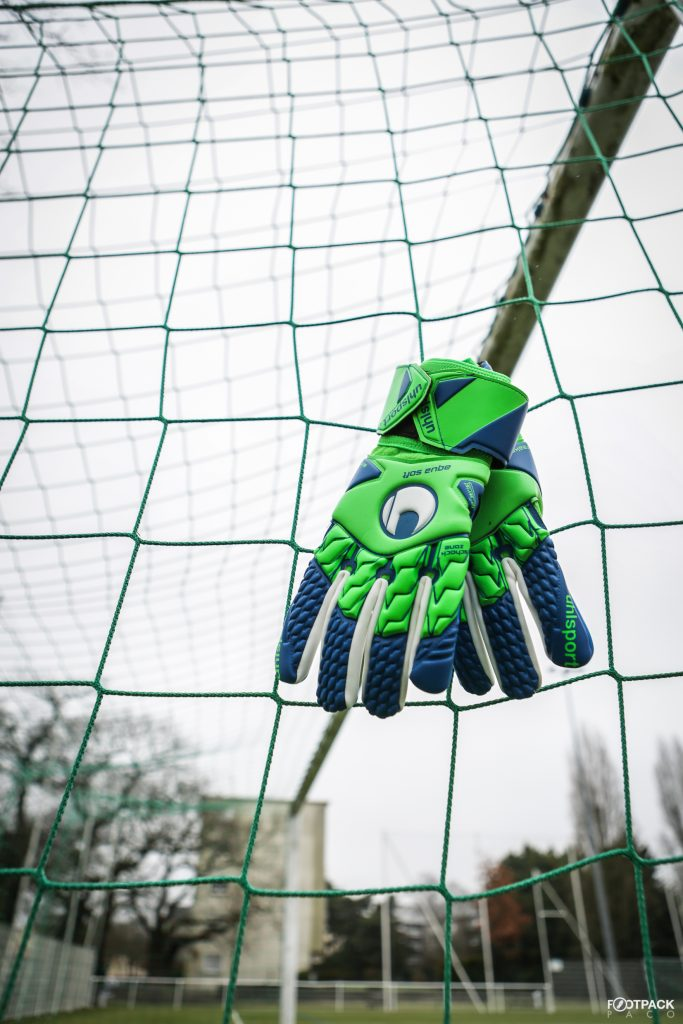 gants-uhlsport-aquasoft-HN-windbreaker-7