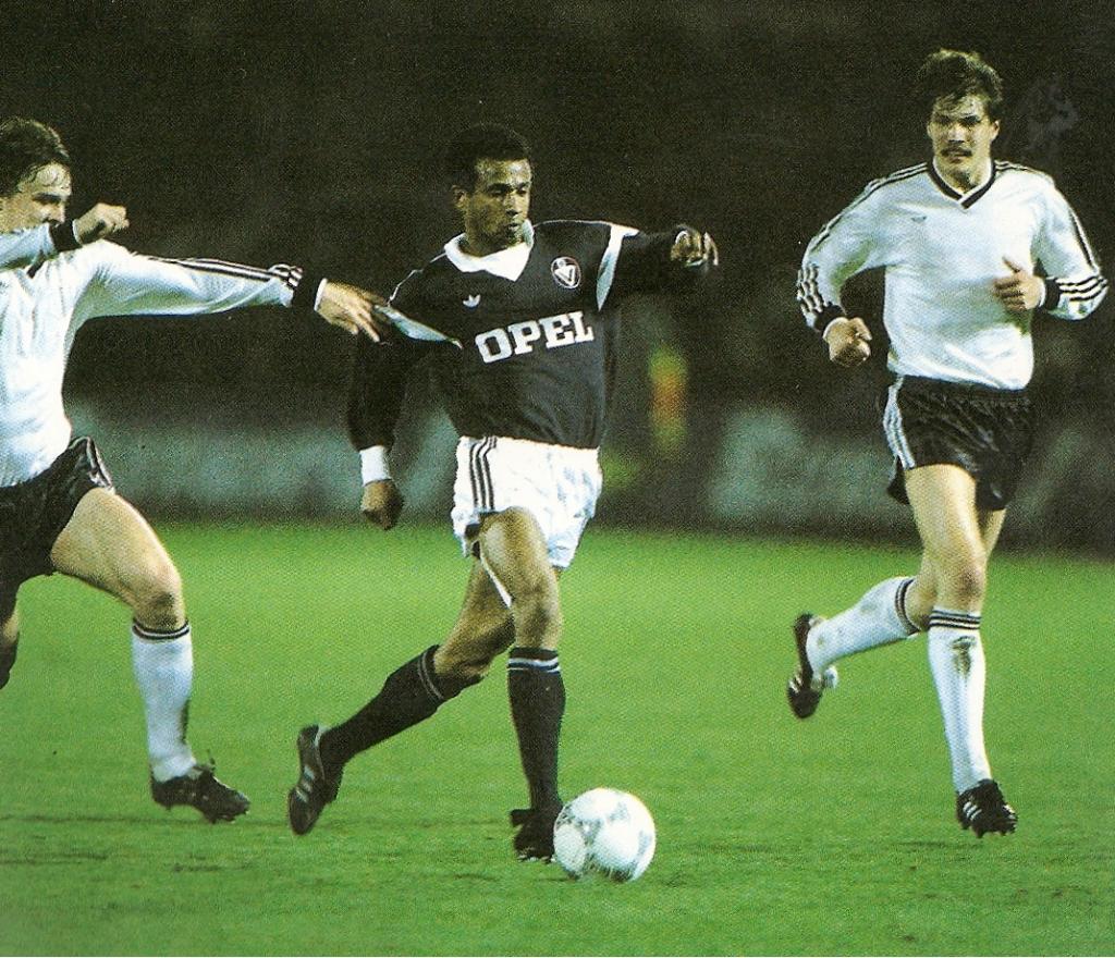 maillot-foot-girondins-bordeaux-1986-1987-