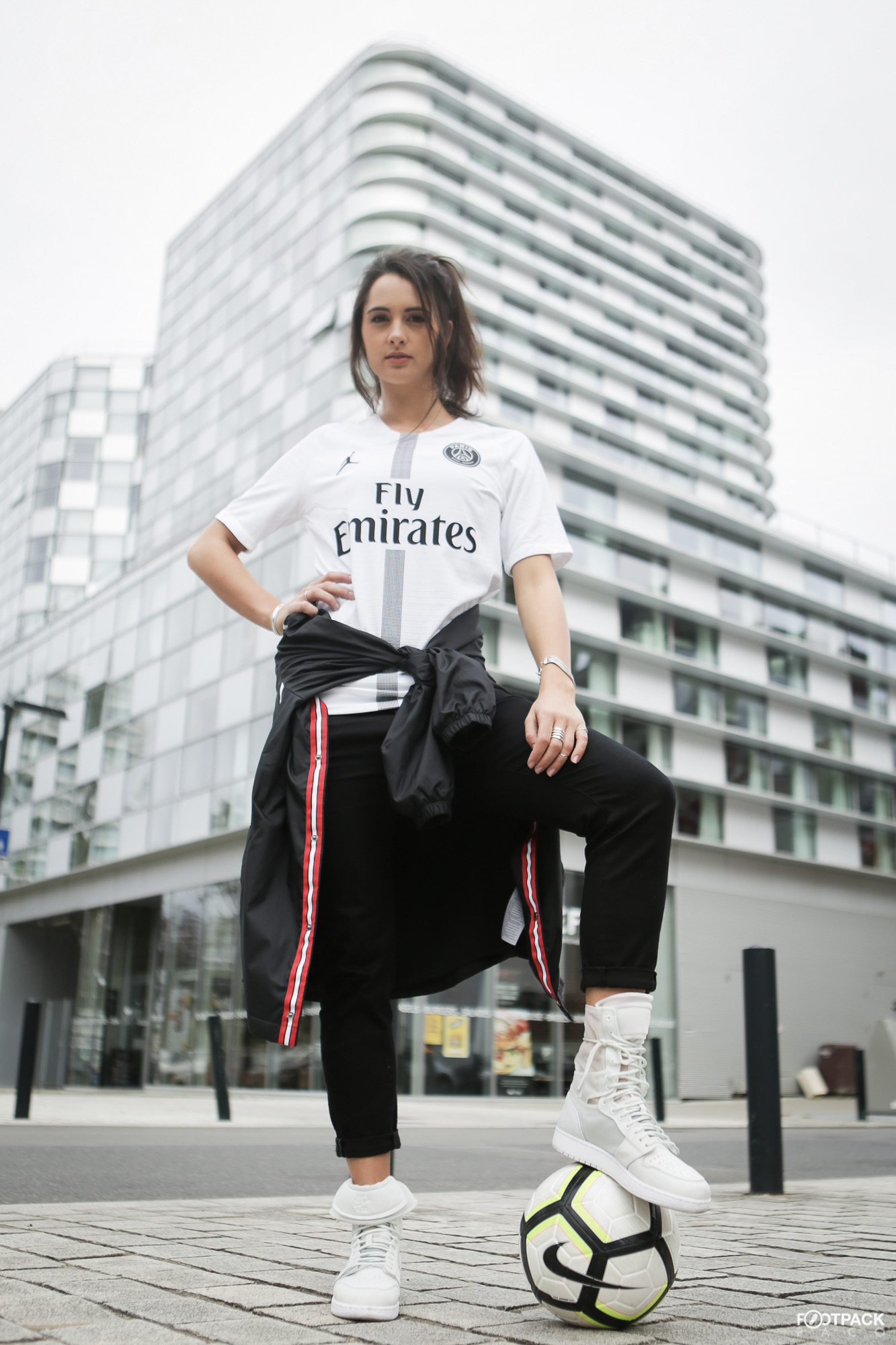 maillot-paris-saint-germain-jordan-2018-2019-footpack-4