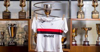 Image de l'article La Sampdoria Gênes dévoile un maillot spécial pour les 120 ans de son club fondateur