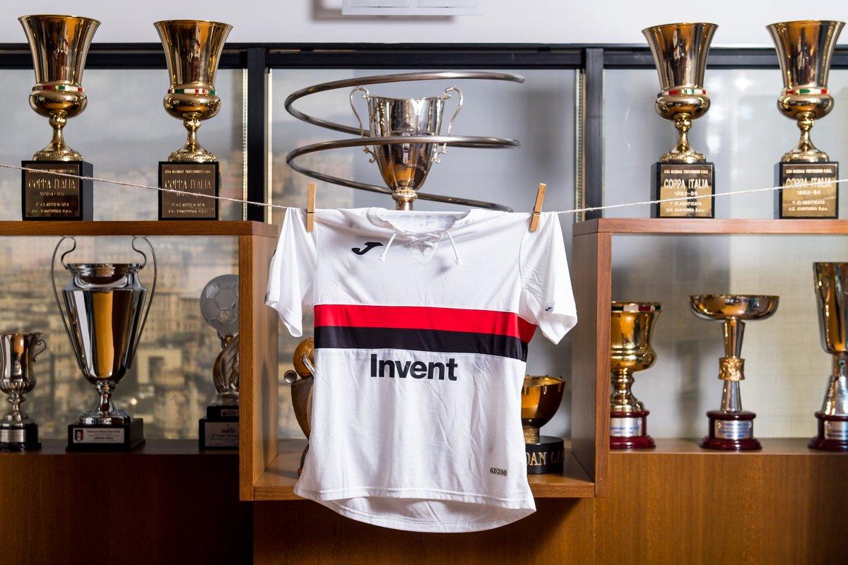maillot-sampdoria-genes-120-ans