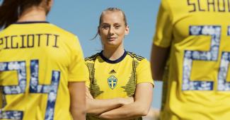 Image de l'article adidas dévoile les maillots des sélections féminines pour la Coupe du Monde 2019