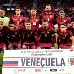 Quand le Venezuela joue avec des tee-shirts de la marque Quechua!