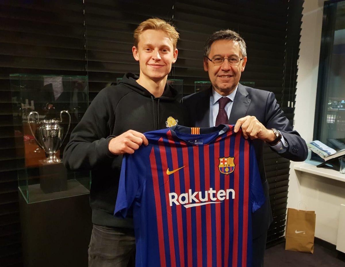 nike-transfert-frenkie-de-jong-fc-barcelone-mars-2019