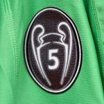 Pourquoi tous les vainqueurs de la Ligue des Champions n'ont pas de badge d'honneur ?
