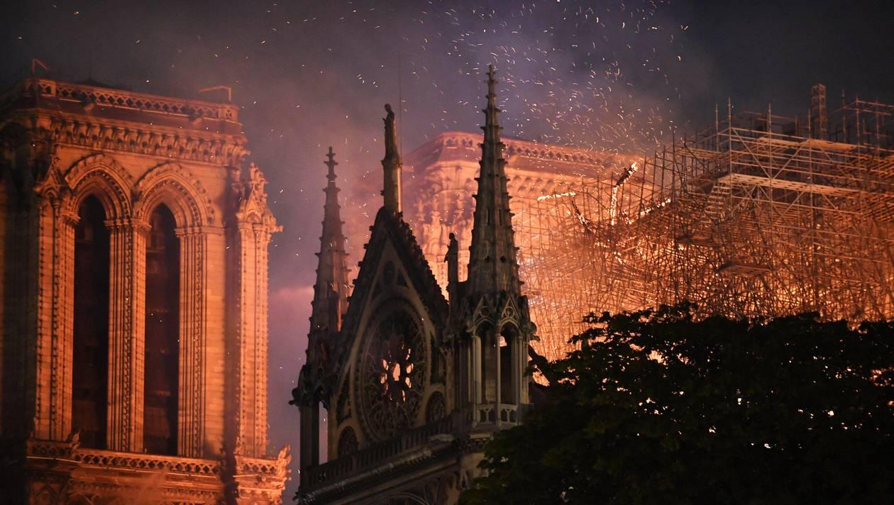 cathedrale-notre-dame-paris-incendie-avril-2019
